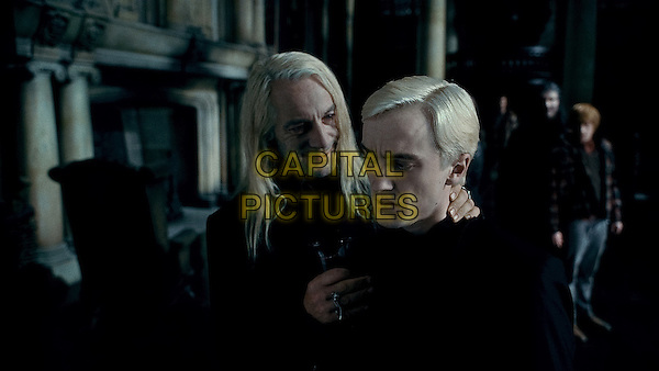 JASON ISAACS & TOM FELTON.in Harry Potter and the Deathly Hallows: Part 1 .*Filmstill - Editorial Use Only*.CAP/FB.Supplied by Capital Pictures.