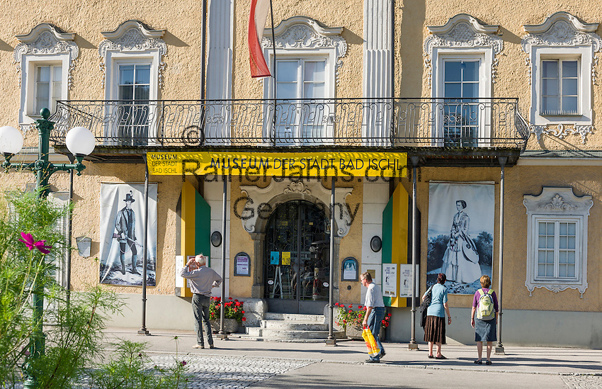 Austria, Upper Austria, Salzkammergut, Bad Ischl: Town Museum at Esplanade avenue in the centre of town | Oesterreich, Oberoesterreich, Salzkammergut, Bad Ischl: Useum der Stadt Bad Ischl an der Esplanade im Zentrum
