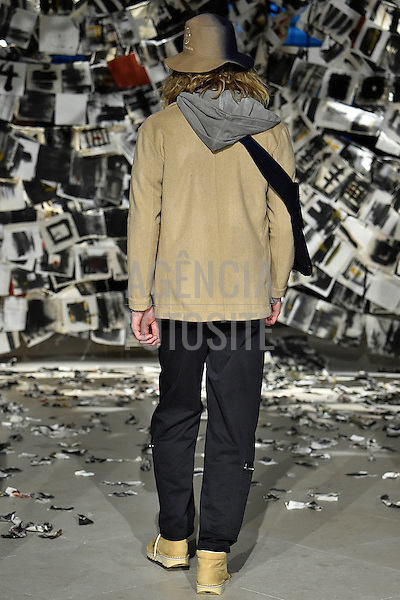 Tourne de Trasmission<br /> <br /> Londres Masculino - Inverno 2016<br /> <br /> <br /> foto: FOTOSITE