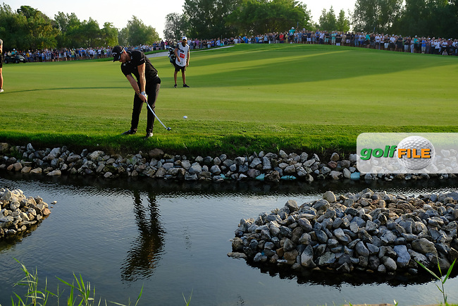 Danny Willett (ENG) on the 18th during the final round of the DP World Tour Championship, Jumeirah Golf Estates, Dubai, United Arab Emirates. 18/11/2018<br /> Picture: Golffile | Fran Caffrey<br /> <br /> <br /> All photo usage must carry mandatory copyright credit (© Golffile | Fran Caffrey)