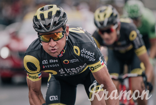 Last of his famous 'duck face' s by Thomas Voeckler (FRA/Direct Energie) on the Champs-Elys&eacute;es as this would be his very last day as a cycling pro<br /> <br /> 104th Tour de France 2017<br /> Stage 21 - Montgeron &rsaquo; Paris (105km)