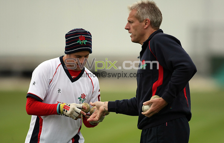 PICTURE BY VAUGHN RIDLEY/SWPIX.COM - Cricket - Pre-Season Friendly - Lancashire v Yorkshire - Old Trafford, Manchester, England - 09/04/09...Copyright - Simon Wilkinson - 07811267706...Lancashire's Steven Mullaney and Peter Moores.