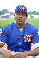 August 16, 2003:  Nehomar Ochoa of the Vermont Expos during a game at Dwyer Stadium in Batavia, New York.  Photo by:  Mike Janes/Four Seam Images