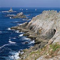 France, Brittany, Départements Finistère, bei Plogoff: Pointe Du Raz, a rocky coastline | Frankreich, Bretagne, Département Finistère, bei Plogoff: Pointe Du Raz, ein felsiges Kap, Abschluss des Cap Sizun