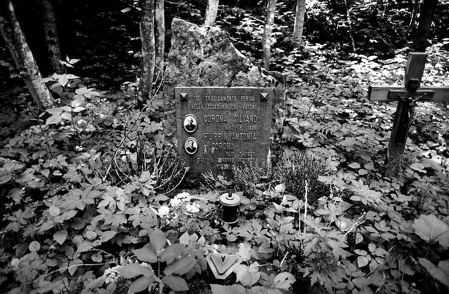 One of the many gravestones found in the woods in remembrance of disappeared families. Most of the corpses were never recovered and therefore losing the right to a burial in the cemetery. On October 9th 1963 a giant landslide collapses into the artificial lake created by the Vajont Dam in northern Italy, provoking a 250 meters high wave that completely destroys the settlements near the lake and the town of Longarone far down in the valley below the dam. 1910 people lost their lives in a tragedy that easily could have been avoided if it was not for the economical and political interests of powerful men dreaming of the tallest dam in the world. A tragedy that is still alive today in Erto, Casso and Longarone, where the survivers of that disastrous day almost 50 years ago are still fighting for their justice.