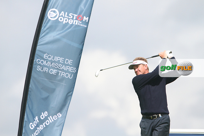 Paul Broadhurst (ENG) on the 13th on Day 2 of the Alstom Open de France at Golf National,  Saint-Quentin-En-Yvelines, Paris, France, 6/7/12...(Photo Jenny Matthews/www.golffile.ie)