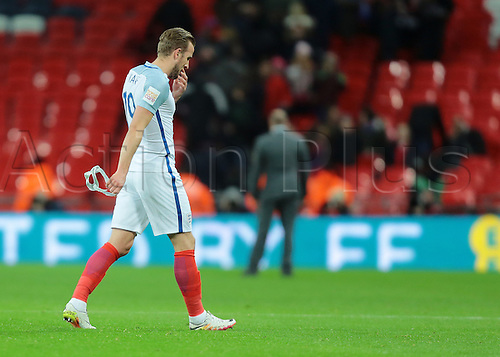 29.03.2016. Wembley Stadium, London, England.  International Football Friendly England versus Netherlands. England Forward Harry Kane leaves the field at full time looking dejected, after loosing 2-1