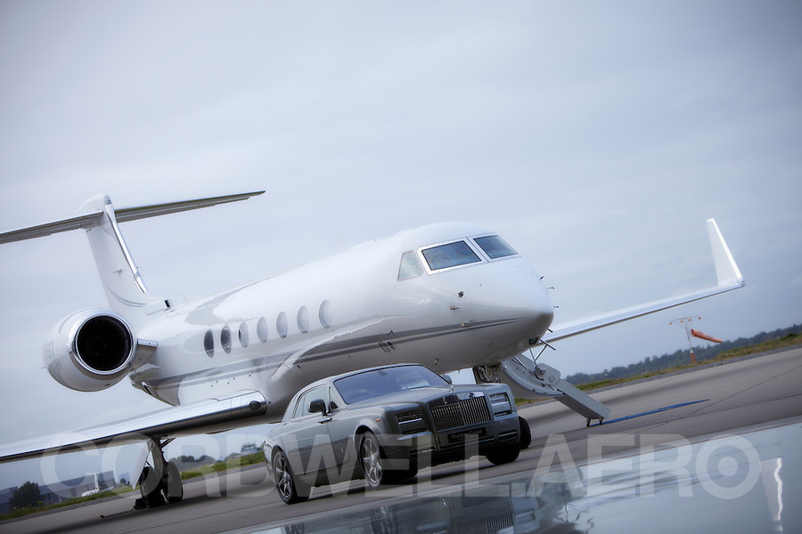 Gulfstream private jet with Rolls Royce