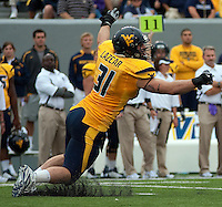 WVU linebacker Pat Lazear. The WVU Mountaineers defeated the East Carolina Pirates 35-20 at Mountaineer Field at Milan Puskar Stadium, Morgantown, West Virginia on September 12, 2009.
