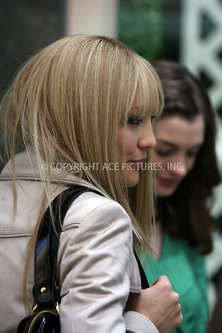 WWW.ACEPIXS.COM ** ** ** ....May 28 2008, New York City....Actor Kate Hudson on the set of the new movie 'Bride Wars' outside Bloomingdales department store in midtown Manhattan.......Please byline: Philip Vaughan -- ACEPIXS.COM.. *** ***  ..Ace Pictures, Inc:  ..tel: (646) 769 0430..e-mail: info@acepixs.com..web: http://www.acepixs.com