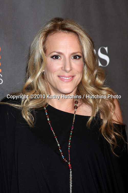 Anne Fletcher.arriving  at the 2010 People's Choice Awards.Nokia Theater.January 6, 2010.©2010 Kathy Hutchins / Hutchins Photo.