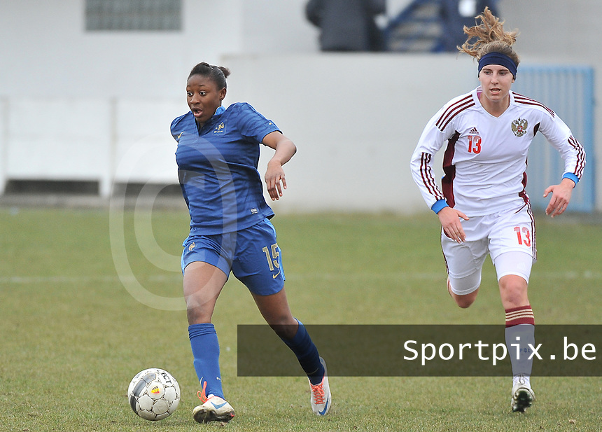 France U19 - Russia U19 : Kadidiatou Diani and Anastasia Shevchenko (right).foto DAVID CATRY / Nikonpro.be