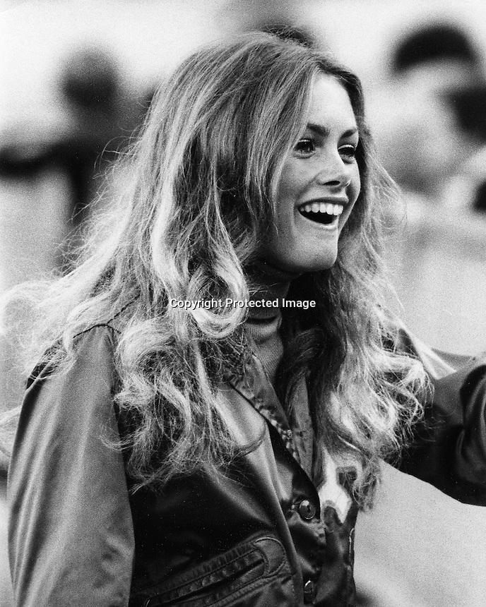 Oakland Athletics ball girl Debbie Sivier, later to become Mrs. Fields cookie fame. (1973 photo by Ron Riesterer)