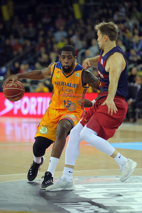 League ACB-ENDESA 2016/2017. Game: 11.<br /> FC Barcelona Lassa vs Herbalife Gran Canaria: 79-78.<br /> Royce O'Neale vs Petteri Koponen.