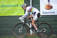 WIELRENNEN: SURHUISTERVEEN: 02-01-2014, Centrumcross, winnares Marianne Vos, ©foto Martin de Jong