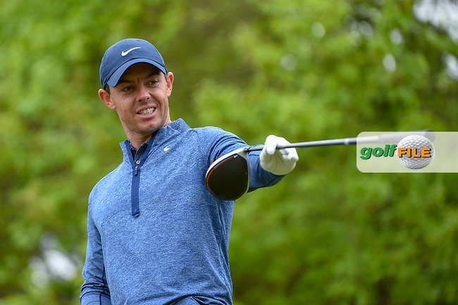 Rory McIlroy (NIR) reacts to something in the woods near the tee on 5 as he waits to tee off during day 4 of the WGC Dell Match Play, at the Austin Country Club, Austin, Texas, USA. 3/30/2019.<br /> Picture: Golffile | Ken Murray<br /> <br /> <br /> All photo usage must carry mandatory copyright credit (© Golffile | Ken Murray)