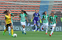 MEDELLÍN - COLOMBIA, 21-07-2019: Atlético Nacional and Deportivo Pereira en partido por la fecha 2 de la Liga Femenina Águila 2019 jugado en el estadioAtanasio Girardot de la ciudad de Medellín. / Atletico Nacional and Deportivo Pereira in match for the date 2 of the Aguila Women League 2019 played at Atanasio Girardot stadium in Medellín city. Photo: VizzorImage / Walter Uran / Cort