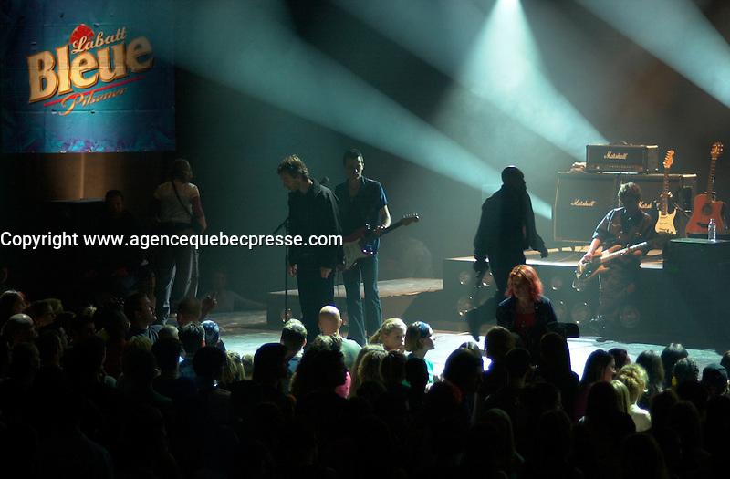 the set of LES DANGEREUX, Directed by Louis Saia<br /> <br /> photo : (c)  Images Distribution