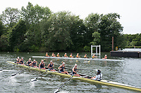 "Henley on Thames, United Kingdom, 23rd June 2018, Saturday,   ""Henley Women's Regatta"",  view, Top, University of Iowa and Yale University, getting attached to the start pontoon for their,  Quarter final, Women's Championships EightsHenley Reach, River Thames, England, © Peter SPURRIER/Alamy Live News"
