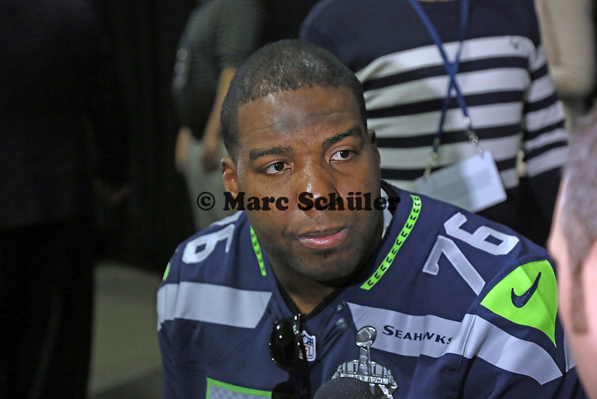 OT Russel Okung (Seahawks)- Super Bowl XLIX Seattle Seahakws Team-PK, Arizona Grand Hotel