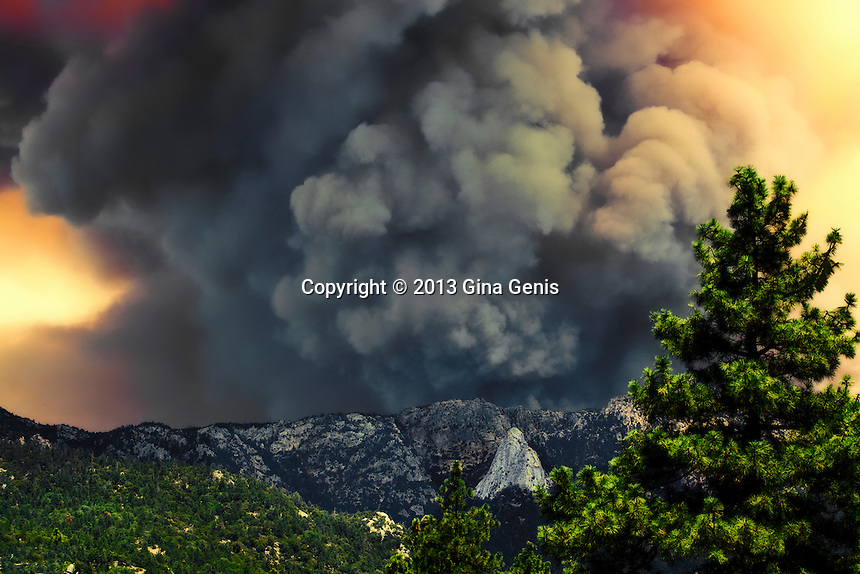 Vast plumes of fire clouds threaten Tahquitz Rock on July 17, 2013