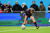 Nick Tompkins of Saracens scores a try in the first half. Anglo-Welsh Cup match, between Saracens and Leicester Tigers on February 5, 2017 at Allianz Park in London, England. Photo by: Patrick Khachfe / JMP