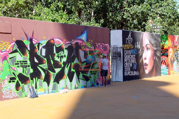 Street Art-Graffittis.<br /> Barcelona - Parc de les tres xemeneies-Poble Sec.