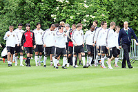 Nationalmannschaft kommt zum Fototermin<br /> WM-Team des DFB trainiert in der Commerzbank Arena *** Local Caption *** Foto ist honorarpflichtig! zzgl. gesetzl. MwSt. Auf Anfrage in hoeherer Qualitaet/Aufloesung. Belegexemplar an: Marc Schueler, Alte Weinstrasse 1, 61352 Bad Homburg, Tel. +49 (0) 151 11 65 49 88, www.gameday-mediaservices.de. Email: marc.schueler@gameday-mediaservices.de, Bankverbindung: Volksbank Bergstrasse, Kto.: 151297, BLZ: 50960101