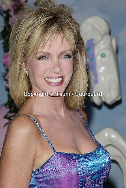 Oct 28, 2000; Los Angeles, CA, USA; <br /> The Carousel of Hope, a benefit for the Children's Diabetes Foundation was held at the Beverly Hilton, in Los Angeles<br /> <br /> Mills.Donna.10.JPG