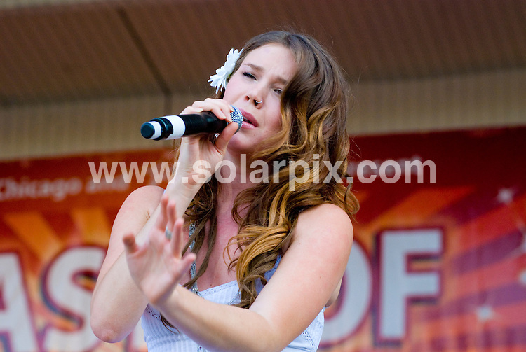 **ALL ROUND PICTURES FROM SOLARPIX.COM**.**SYNDICATION RIGHTS FOR UK, SPAIN, PORTUGAL, AUSTRALIA, S.AFRICA & DUBAI (U.A.E) ONLY**.Joss Stone at Taste of Chicago 2008 - Petrillo Band Shell in Grant Park - Chicago, IL, USA.JOB REF:   6771  PHZ    DATE: 02.07.08.**MUST CREDIT SOLARPIX.COM OR DOUBLE FEE WILL BE CHARGED* *UNDER NO CIRCUMSTANCES IS THIS IMAGE TO BE REPRODUCED FOR ANY ONLINE EDITION WITHOUT PRIOR PERMISSION*
