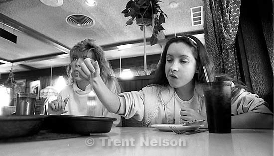 Tamara Sneddon and Kathy Cullen at lunch.<br />