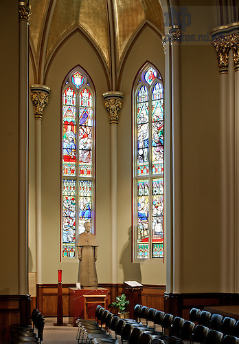 Jan. 10, 2012; Moreau Chapel, Basilica of the Sacred Heart..Photo by Matt Cashore/University of Notre Dame