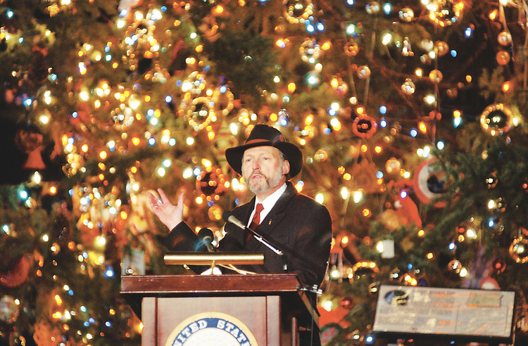 tree5_121202 -- Alan M. Hantman, Architect of the Capitol, during the Capitol Holiday Tree lighting ceremony on the West Front of the U.S. Capitol.