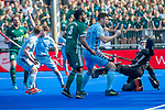 Krefeld, Germany, May 18: During the Final4 semi-final fieldhockey match between Mannheimer HC and Duesseldorfer HC on May 18, 2019 at Gerd-Wellen Hockeyanlage in Krefeld, Germany. (worldsportpics Copyright Dirk Markgraf) *** Peter Kohl #17 of UHC Hamburg, Lennart Kueppers #1 of Uhlenhorst Muelheim