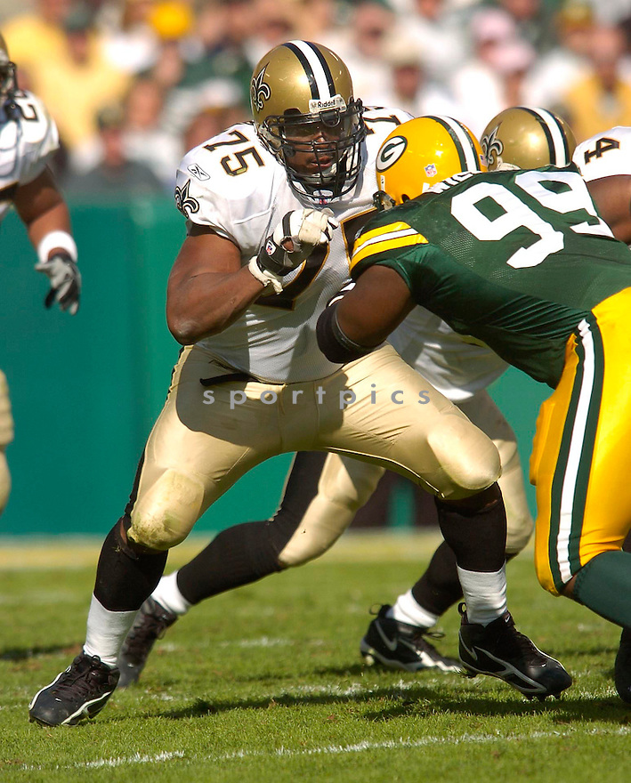 Jermane Mayberry, of the New Orleans Saints, during their game against the Green Bay Packer on October 9, 2005...Packers win 52-3...Chris Bernacchi / SportPics