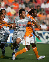 FC Dallas forward Carlos Ruiz (20) attempts to get free on an FC Dallas corner kick.  Houston Dynamo defeated FC Dallas 1-0 during an MLS regular season match at Robertson Stadium in Houston, TX on August 19, 2007.