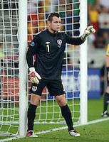 FUSSBALL  EUROPAMEISTERSCHAFT 2012   VORRUNDE Italien - Irland                       18.06.2012 Torwart Shay Given (Irland)