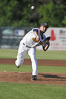 Burlington Bees starting pitcher Joe Gatto (33) throws during the Midwest League game against the Peoria Chiefs at Community Field on June 8, 2016 in Burlington, Iowa.  Burlington won 4-2.  (Dennis Hubbard/Four Seam Images)