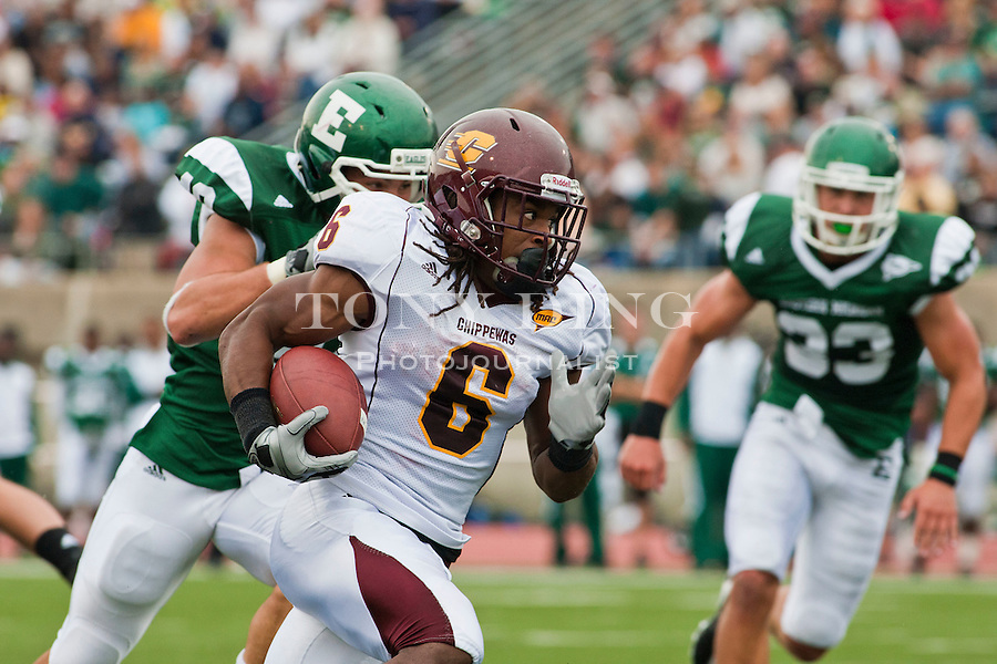 Central Michigan running back Paris Cotton (6) rushes in the first quarter of an NCAA college football game with Eastern Michigan, Saturday, Sept. 18, 2010, in Ypsilanti, Mich. (AP Photo/Tony Ding)