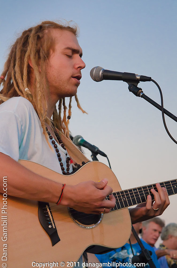 Trevor Hall - KPRI Private Listener Concert 7.25.11