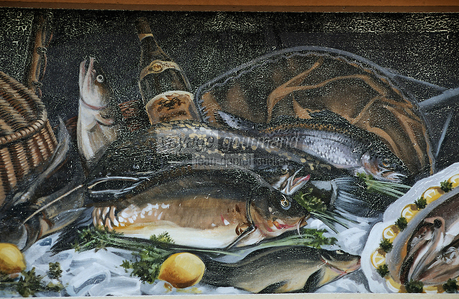Europe/France/Rhône-Alpes/69/Rhône/Lyon : La fresque des lyonnais rue de la Martinière - Gastronomie lyonnaise - Poissons d'eau douce des étangs de la Bresse [Non destiné à un usage publicitaire - Not intended for an advertising use]