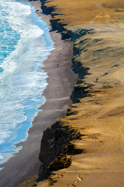 Lagunillas Bay in the Paracas National Reserve, a subtropical coastal desert in Peru where the sand and ocean come together.