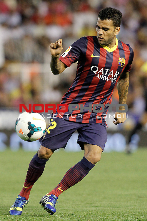 FC Barcelona's Daniel Alves during La Liga match.September 1,2013. Foto © nph / Acero)
