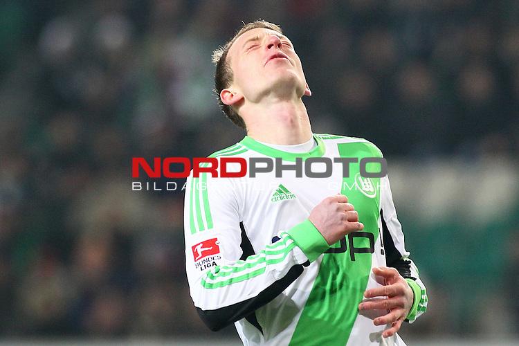 14.12.2013, Volkswagen Arena, Wolfsburg, GER, 1.FBL, VfL Wolfsburg vs VfB Stuttgart, im Bild  Maximilian Arnold (Wolfsburg #27) (Enttaeuschung) (Emotionen) <br /> #szo7#<br /> entaeuscht / ent&auml;uscht / traurig<br /> <br /> Foto &copy; nph / Schrader