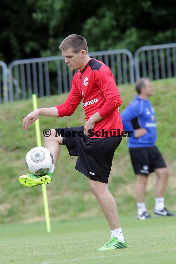 Sebastian Jung (Eintracht) - Eintracht Frankfurt Trainingsauftakt