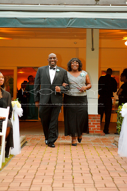 Little Gardens wedding of Richard and Nikeitra Smith in Lawrenceville, GA