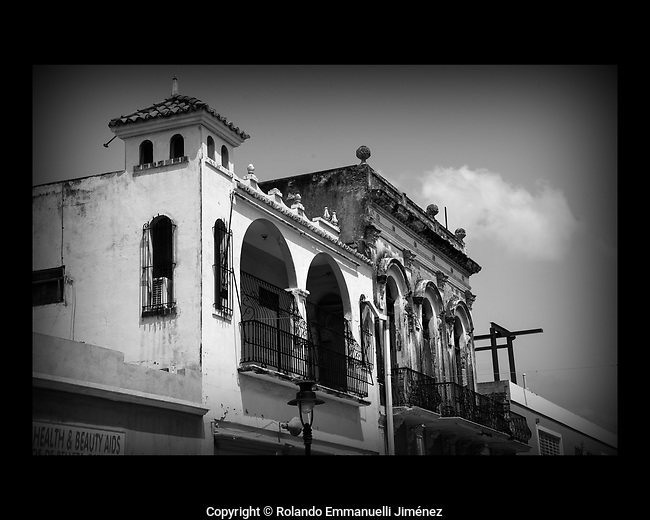 Rolando Emmanuelli JimEnez is proud to present original photographs of magnificent places, people, nature and landmarks from Puerto Rico. The images are available for download or printing at: http://www.remmanuelli.com