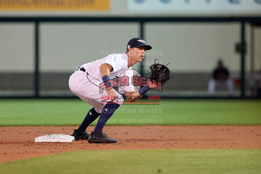Lakeland Flying Tigers second baseman Kody Clemens (8) waits for a throw during a Florida State League game against the Tampa Tarpons on April 5, 2019 at Publix Field at Joker Marchant Stadium in Lakeland, Florida.  Lakeland defeated Tampa 5-3.  (Mike Janes/Four Seam Images)