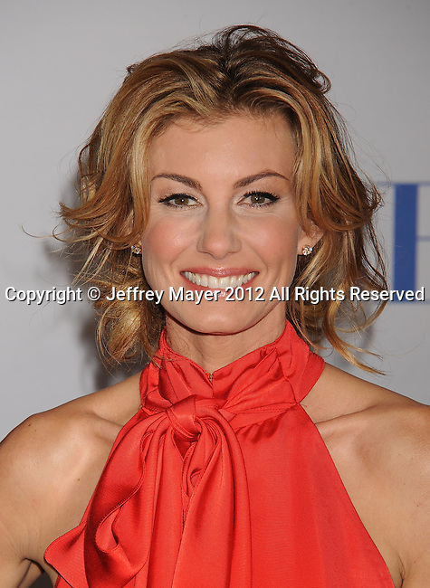 LOS ANGELES, CA - JANUARY 11: Faith Hill arrives at the People's Choice Awards 2012 at Nokia Theatre LA Live on January 11, 2012 in Los Angeles, California.