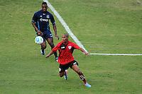 SÃO PAULO, SP, 14.052014 -    PORTUGUESA X SÃO CAETANO  Sérginho (E)  durante jogo treino no estádio do Canindé, preparação para partida contra a equipe do América RN. FOTOS: Dorival Rosa/Brazil Photo Press).